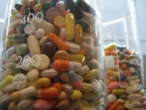 Pills (white rabbit)